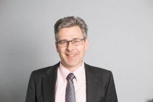Thomas Poida Betriebswirtschaftliche Beratung Durchwahl: 0345 / 279 910 55 Mail: t.poida@falcon-halle.de